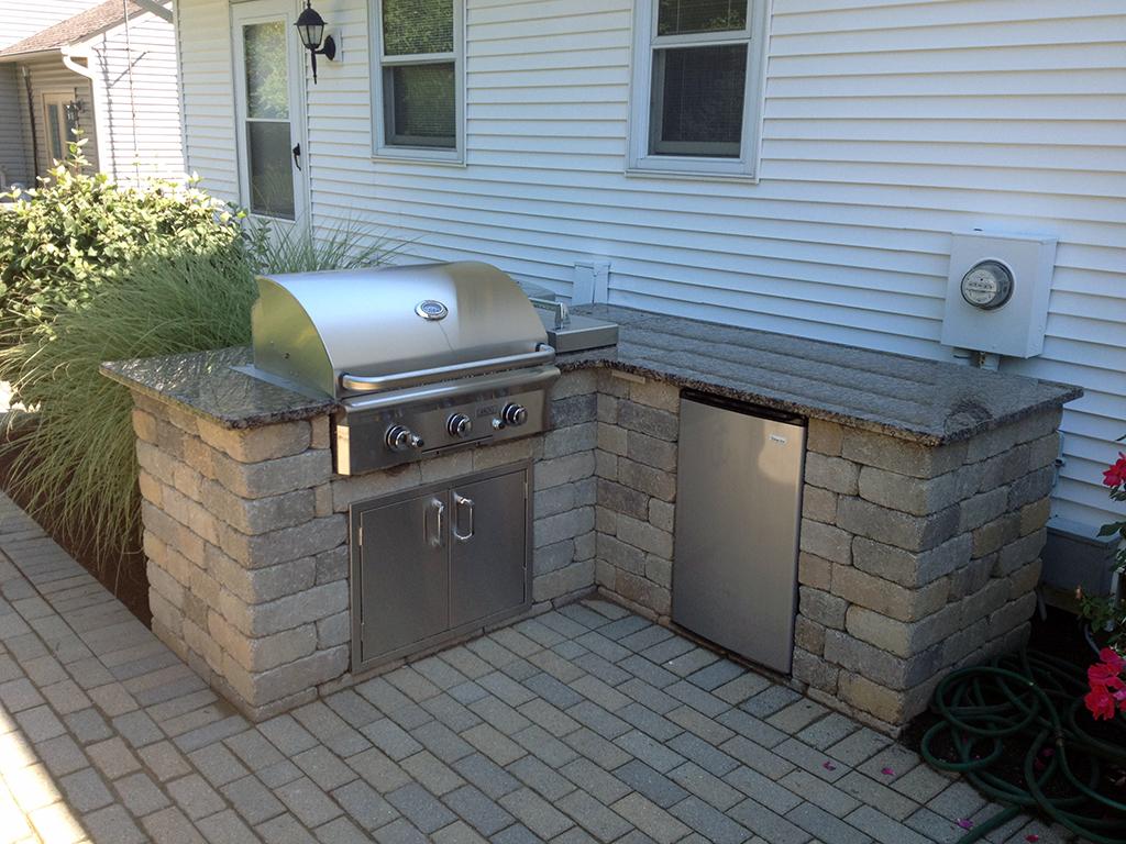 Outdoor Kitchens & Bars | Distinctive Outdoor Concepts